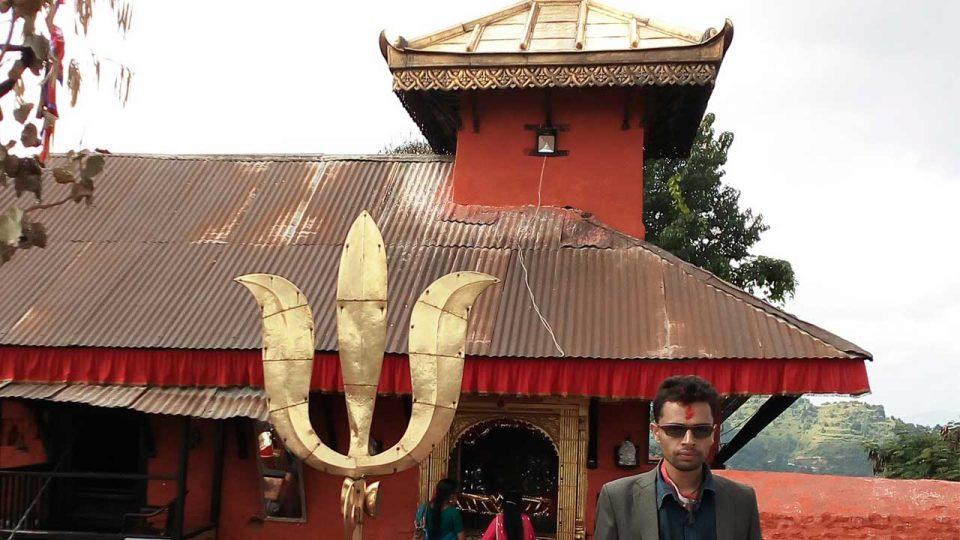 एशियामै ठूलो भैरवस्थान मन्दिरको त्रिशूल - The Times of Nepal
